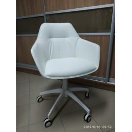Офісне крісло Laredo білий